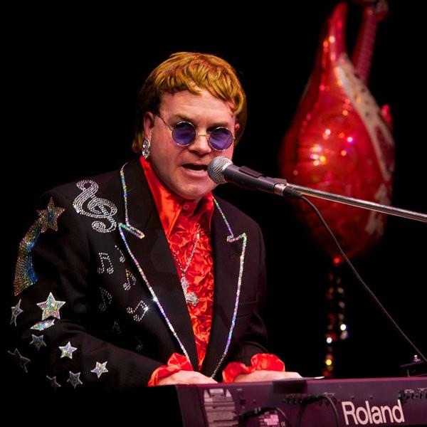 Totally Elton Elton John Tribute Buckinghamshire