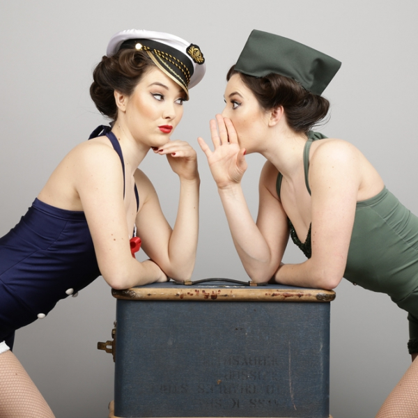 Vintage Wartime Twins 1940's Vintage Wartime Dancers London