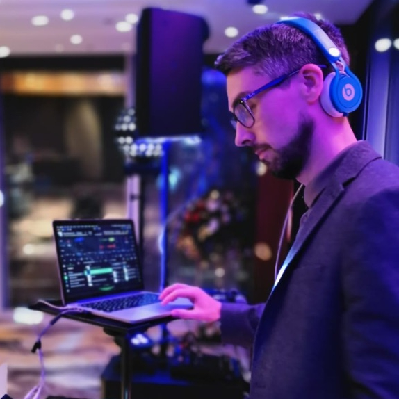 Callum Kelly Wedding DJ Hampshire