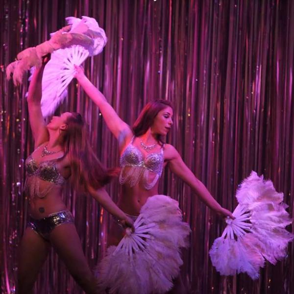 Viva Las Vegas Cabaret Show Circus Performer East Sussex