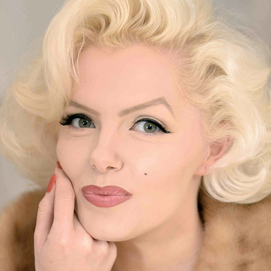 Virtual Happy Birthday With Marilyn Monroe Lookalike London