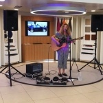 Event Kelly Barnes Solo Singer Guitarist London