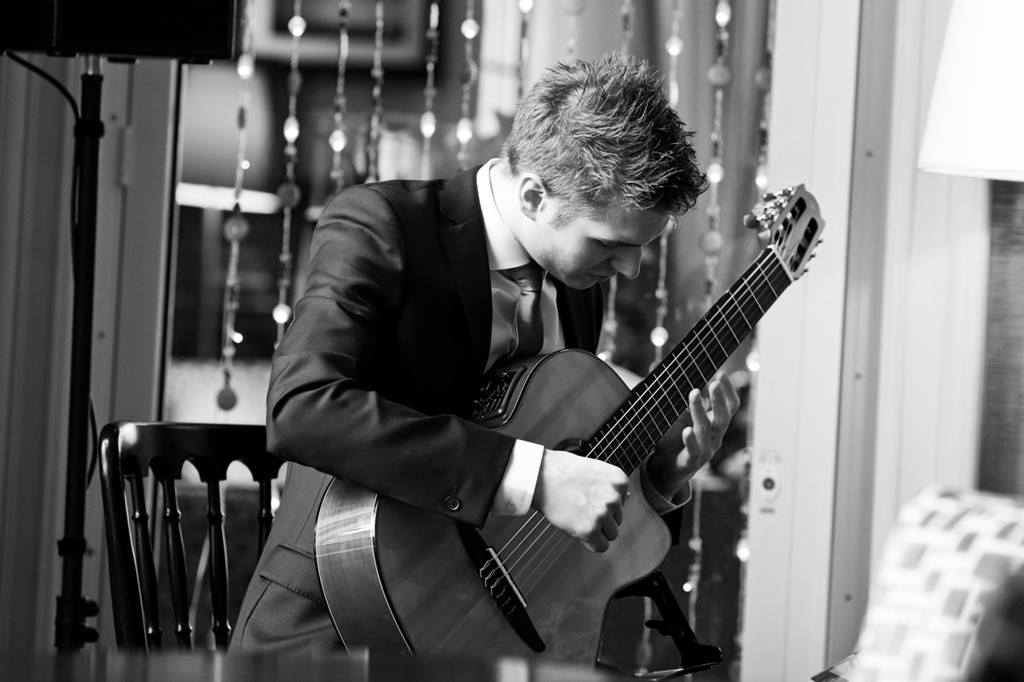 Promo Elliot Smith Classical Guitarist Staffordshire