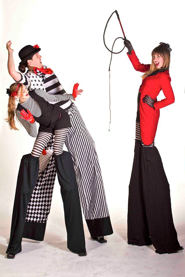 Promo Circus Stilt Walkers  Leicestershire