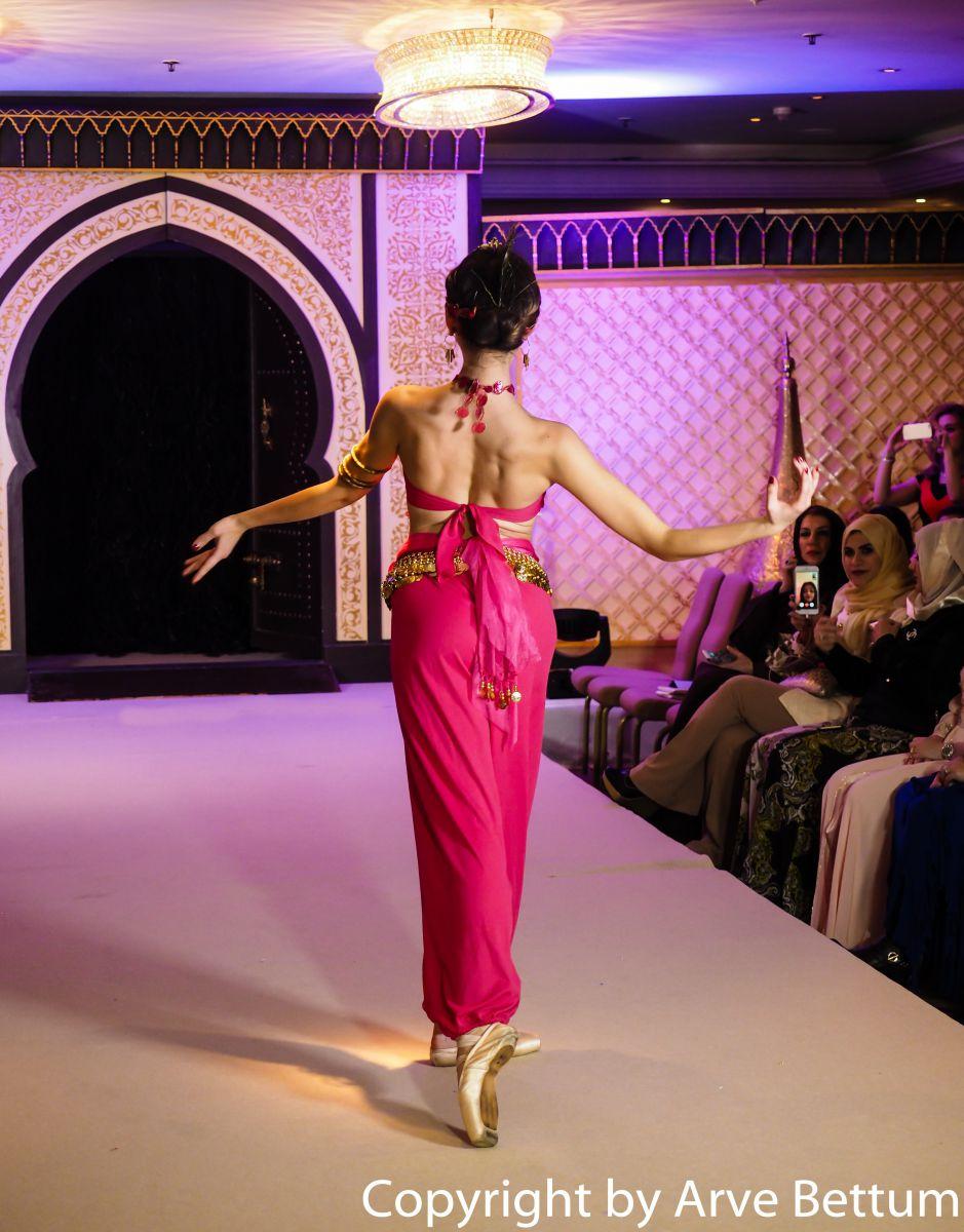 Arabian Nights Ballet Dancers   Ballet Dancers London   Alive Network