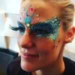 Promo Handbalancing Zoe Circus Performer London