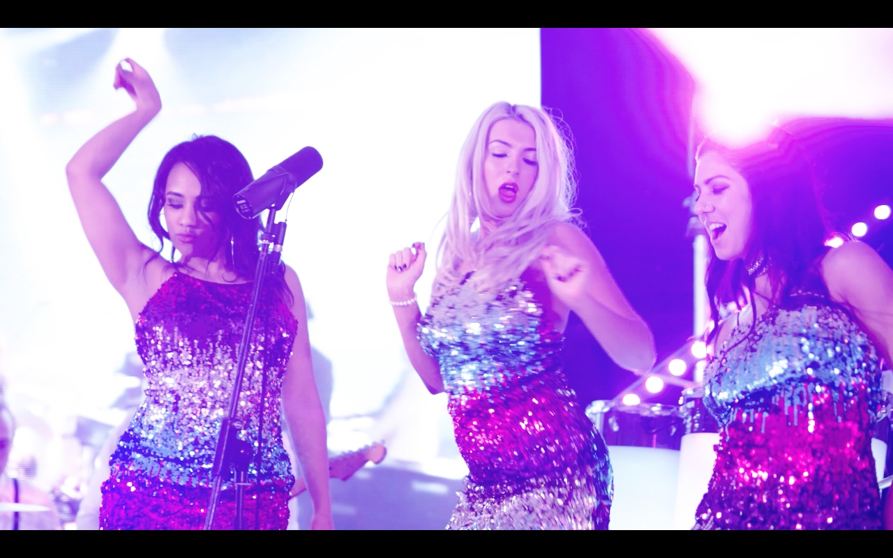 Promo The Visual Premium Show Band With LED Grand Piano London