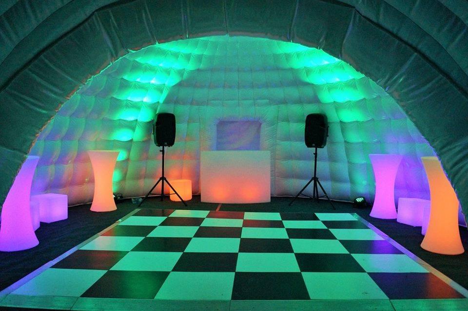 Promo Giant Igloo Hire Inflatable Igloo Hire Shropshire
