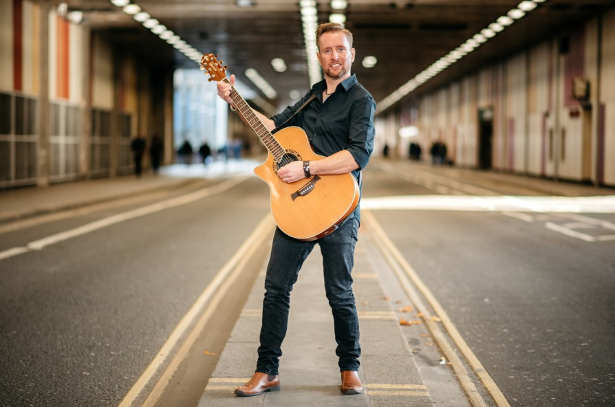 Promo Phil South Singer Guitarist Surrey
