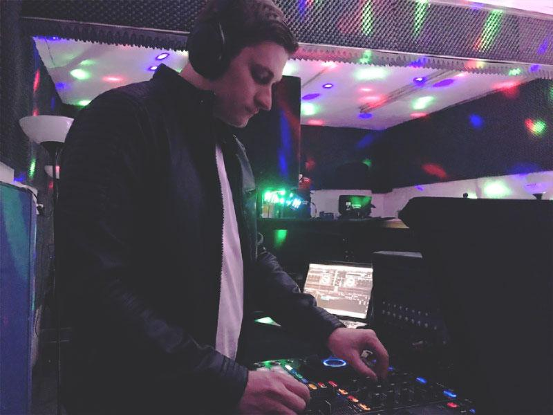 Promo DJ Scott Party DJ Hampshire