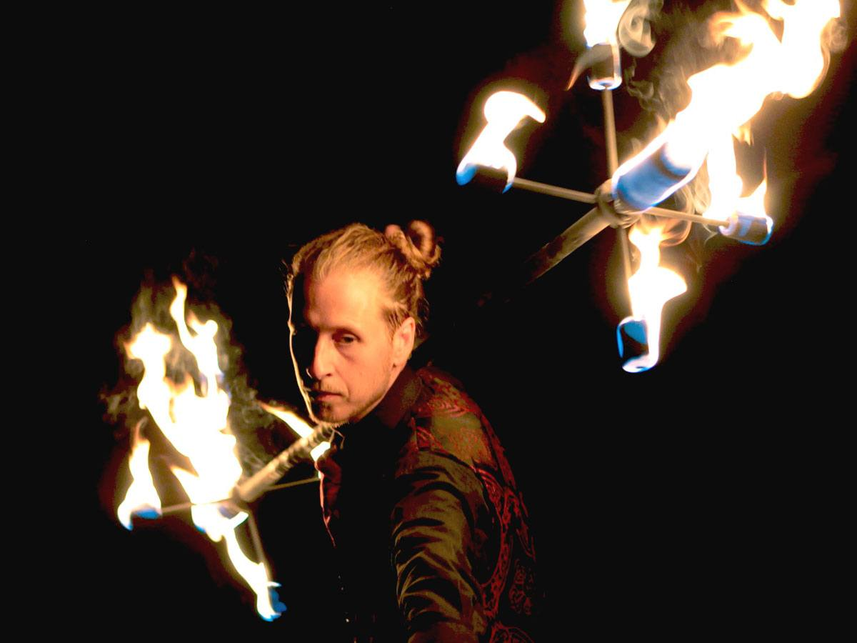 Promo Fire Specialist Vulcan Fire Performer Hertfordshire