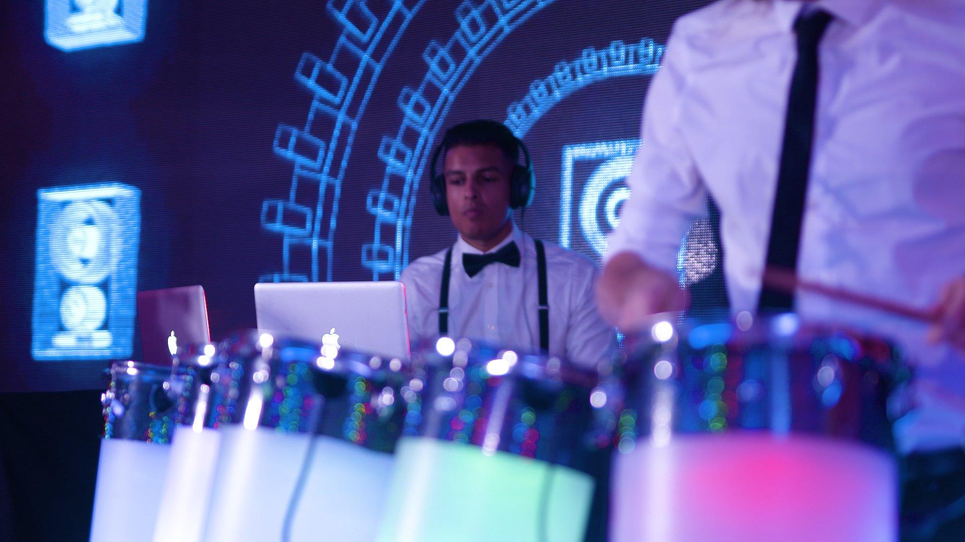 Promo Saxy DJ Live Saxophone and DJ Act Kent