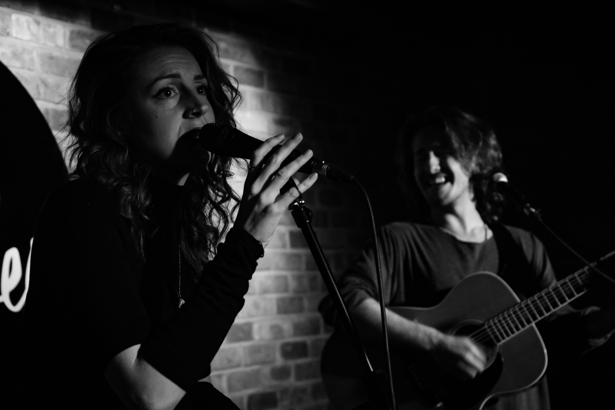 Promo Mulholland Acoustic Duo London