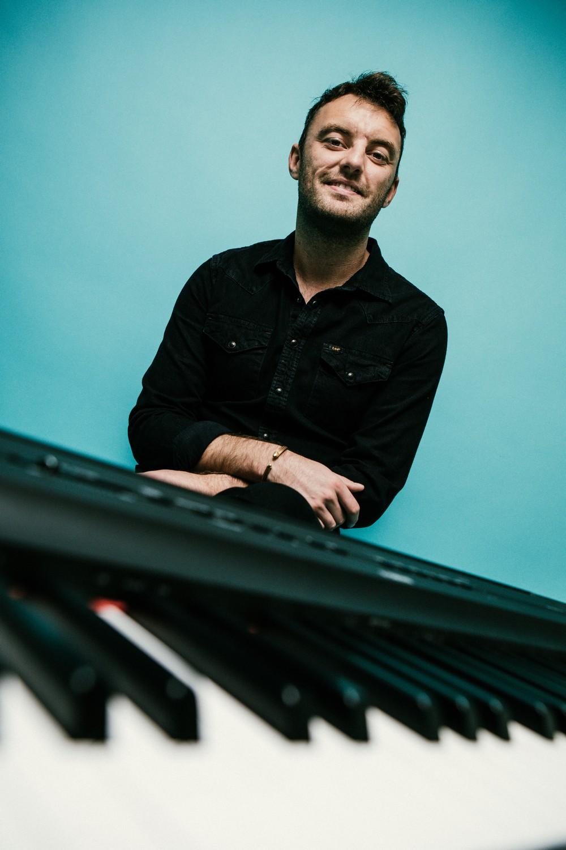 Promo Matthew Reid Singer/Pianist London
