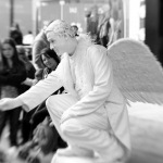 Promo Christmas Angel Statue Christmas Living Statue Brighton, East Sussex