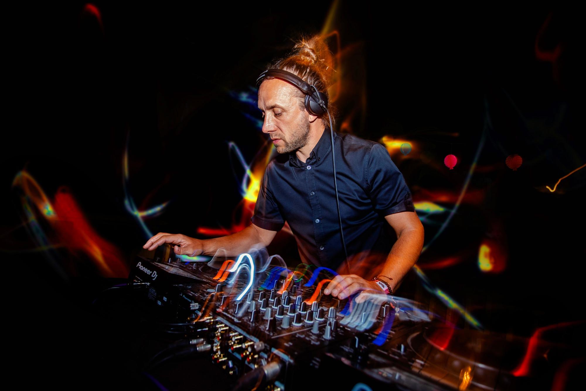 Promo Anthony Parella Wedding DJ Staffordshire