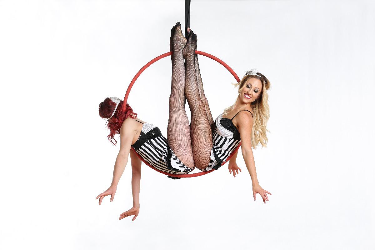 Promo Aerialist Katriana Aerial Dancer. Bedfordshire