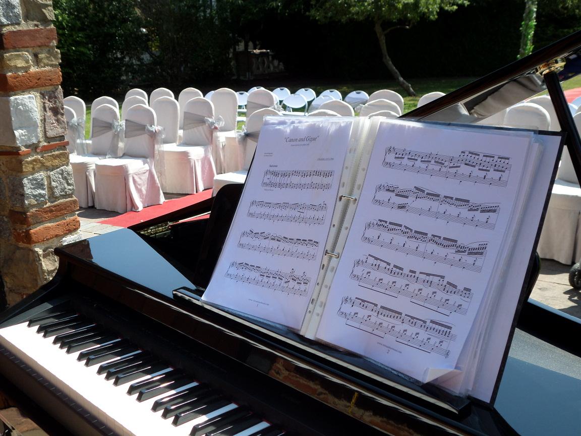 Promo Mike Ash Pianist Surrey