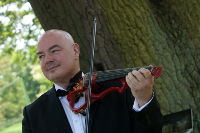 Promo Benedict Heartz Solo Acoustic and Electric Violinist Worcestershire