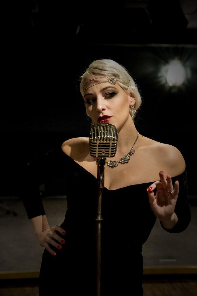 Promo Billie Knowlson Solo Jazz Singer Brighton, East Sussex