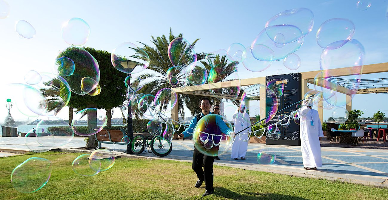 Promo Bubbleologist Street Performer Leicestershire
