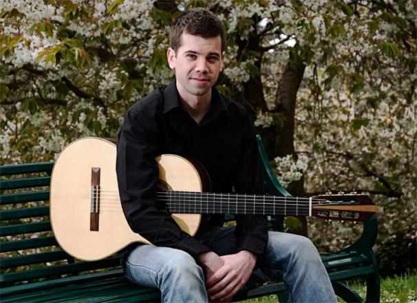 Promo Cameron Murray Classical Guitarist Glasgow