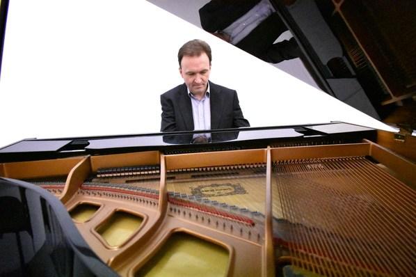 Promo Andrew E Pianist Glasgow
