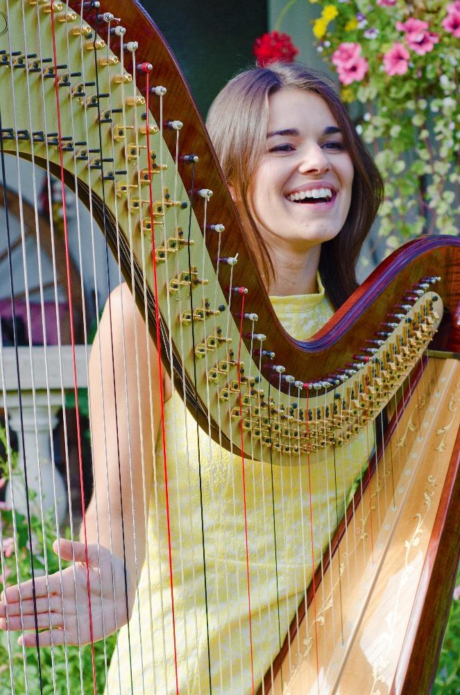 Promo The Cardiff Harpist  Glamorgan