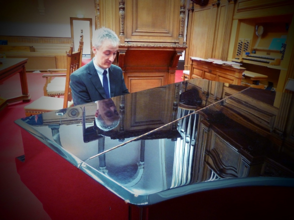 Promo DTC Piano Pianist Stirlingshire area