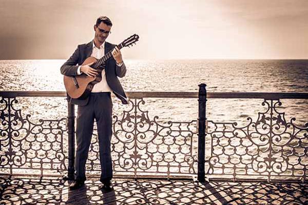 Promo Duncan Harper Classical Guitarist East Sussex