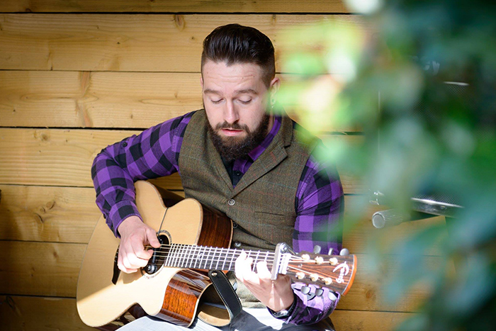 Promo Frankie Jay Fingerstyle Acoustic Guiatrist Greater Manchester