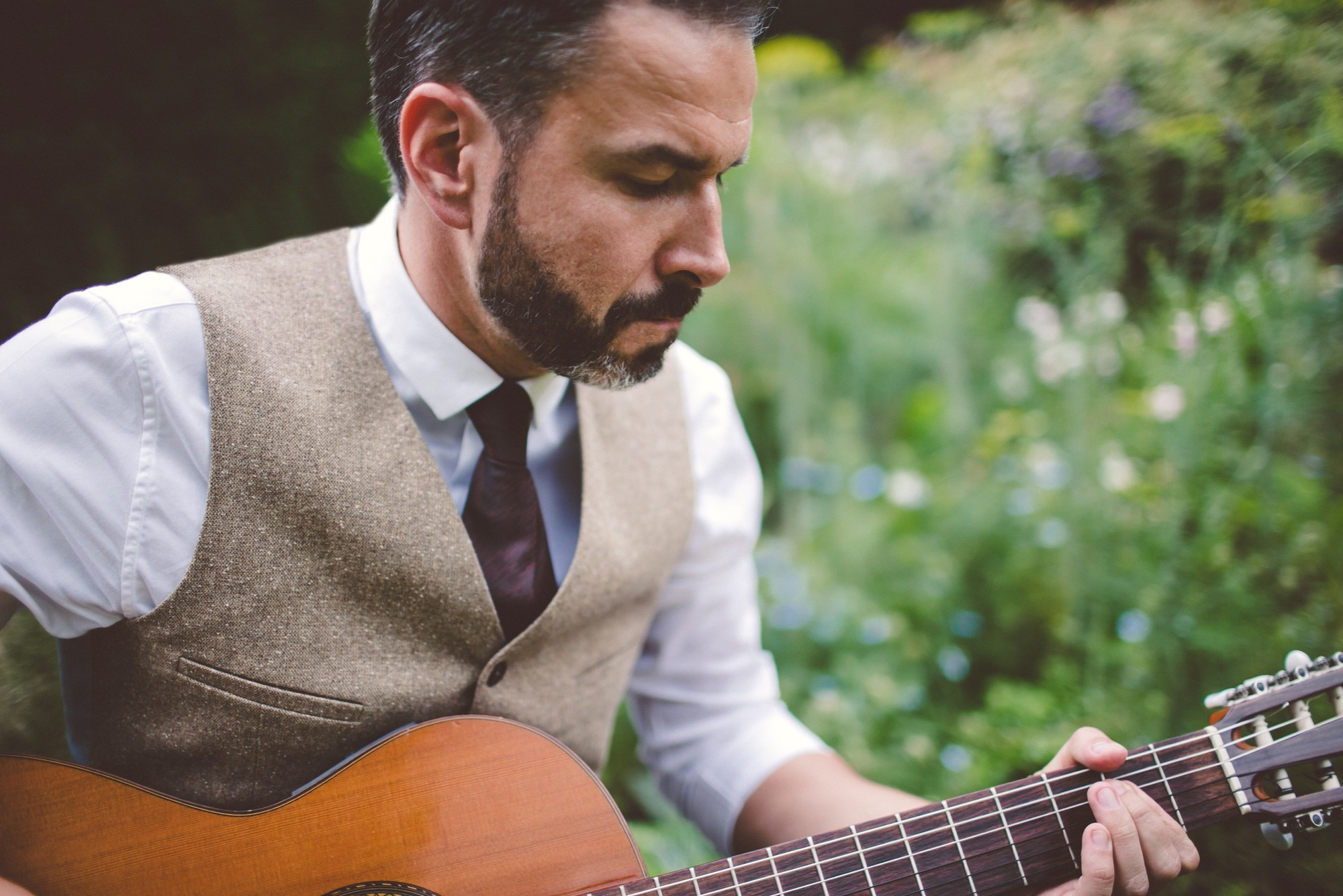 Promo Andy Cherry Classical Guitarist Hertfordshire