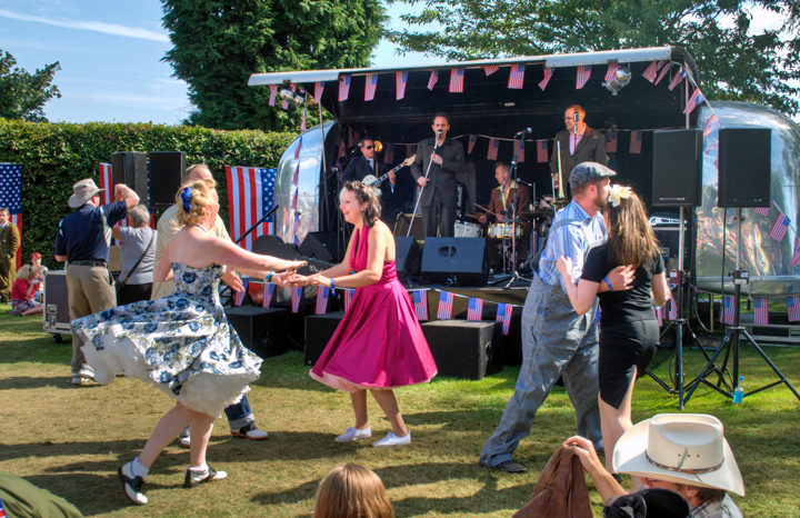 Promo The Jumpin Jivers Rock n Roll Swing Band Reading, Berkshire