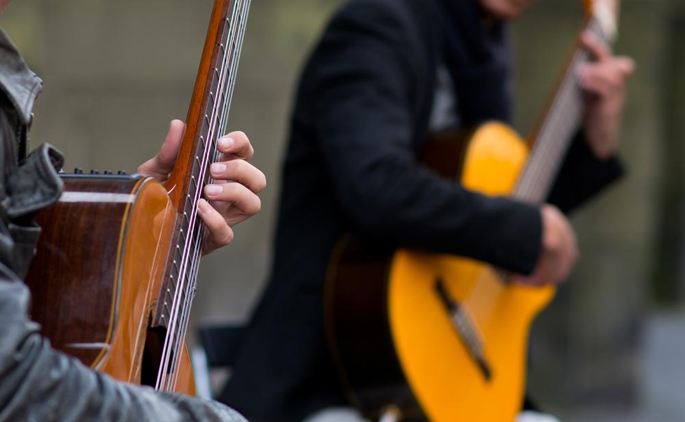 Promo Iberian Guitars Classical Guitarist London