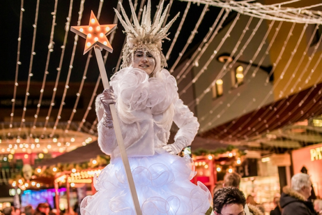 Promo Ice Queens Christmas Entertainer Kent