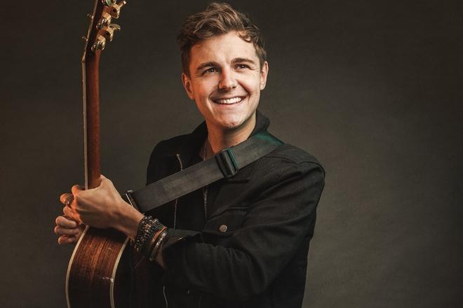 Promo James Reynard Acoustic Singer Guitarist North Yorkshire