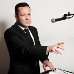 Promo James Sings Versatile Solo Singer / Rat Pack to Modern Pop London