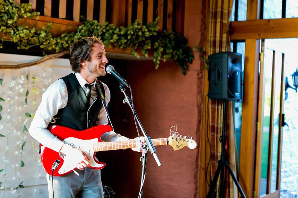 Promo Joe William Solo Singer/Guitarist Wiltshire
