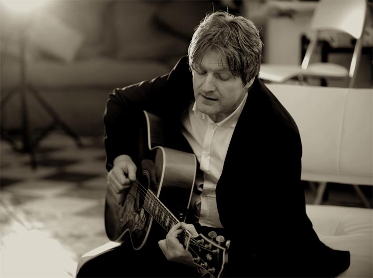Promo Levi Solo Singer Guitarist West Midlands