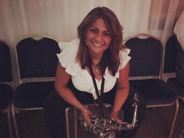 Promo Mads on Sax Saxophonist Essex