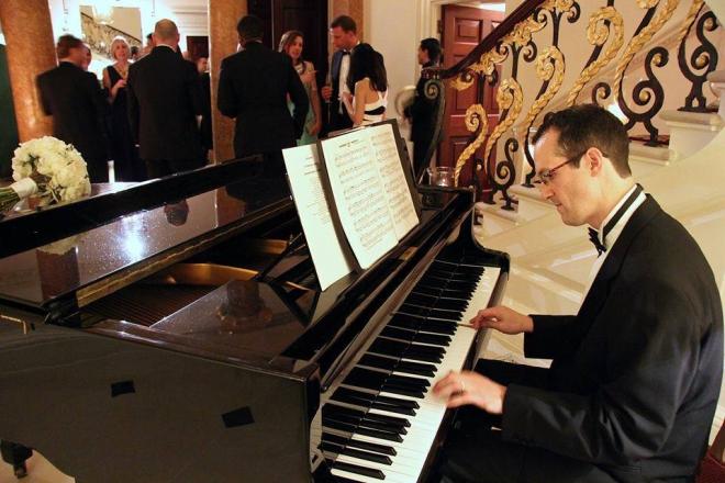 Promo Matt Holmes Pianist Suffolk