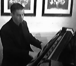 Promo Ritz Lounge Pianist Hampshire