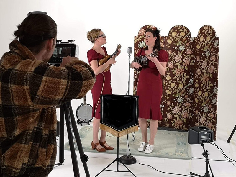 Promo Nancy and Pearl Vintage Ukulele and Vocal Duo Merseyside