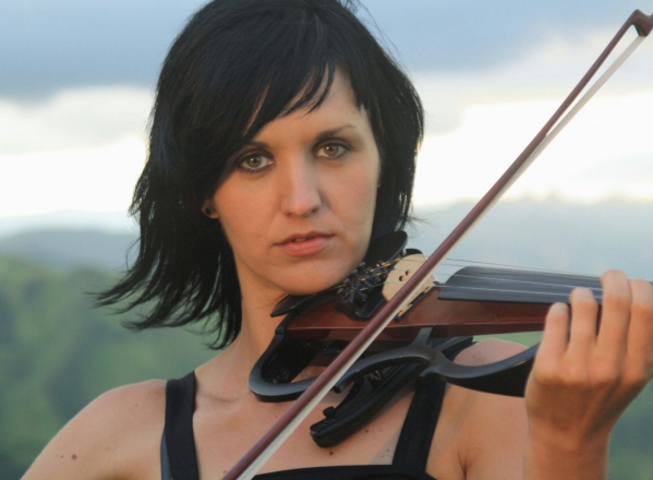 Promo Naomi (Electric Violinist) Electric Violinist Northamptonshire