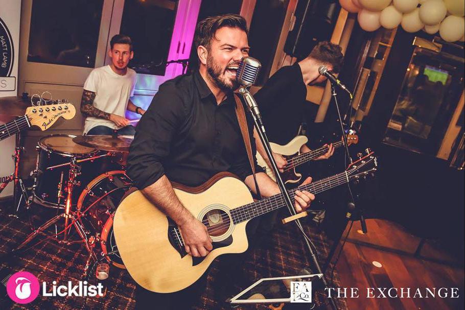 Promo New Light  Essex