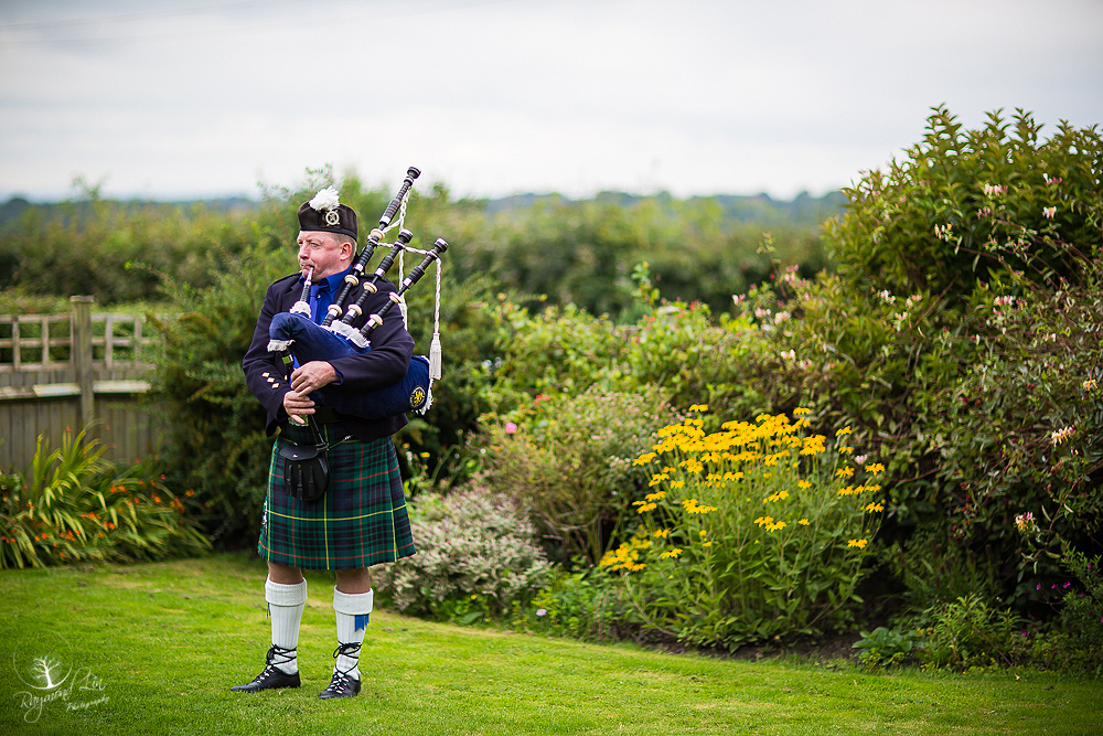 Promo Donald The Bagpiper  Somerset