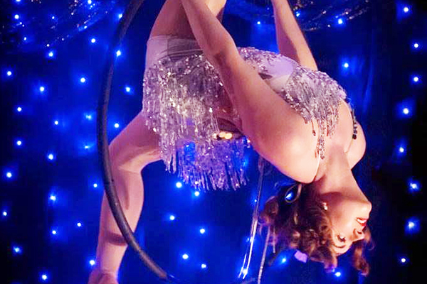 Promo Parisian Cabaret Show Circus Performer East Sussex