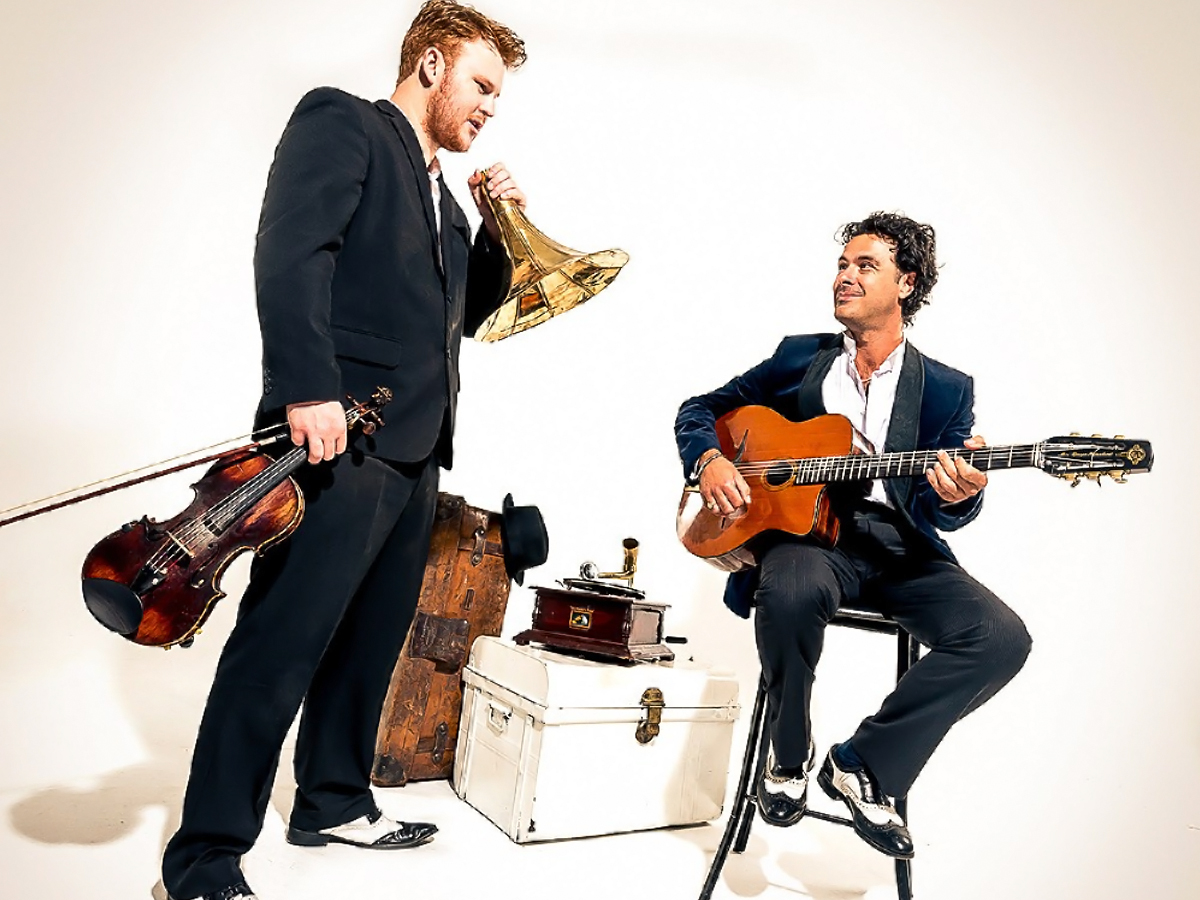 Promo Paris Swing Jazz/ Swing/ Latin Duo Leicestershire