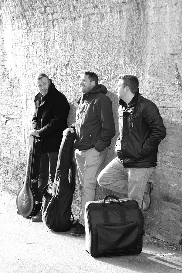 The Celtic Folkers   Ceilidh Band Cornwall   Alive Network