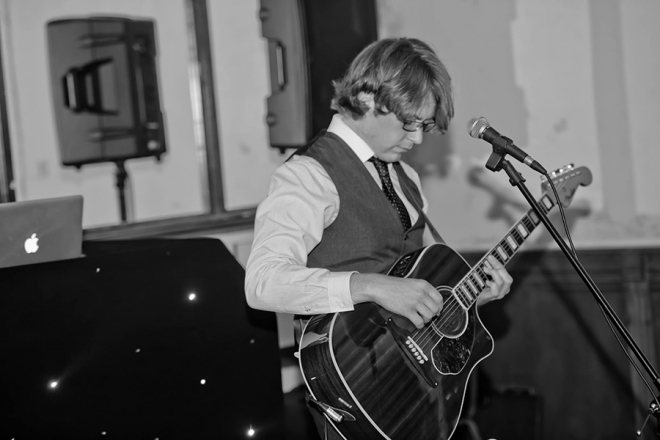 Promo Scott Anthony Solo Singer/Guitarist Glamorgan